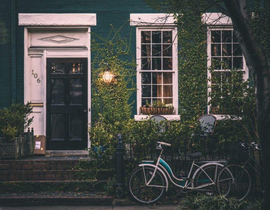 ¿Qué gastos conlleva la venta de mi vivienda?